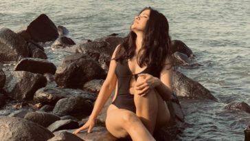 sona-mohapatra-bikini